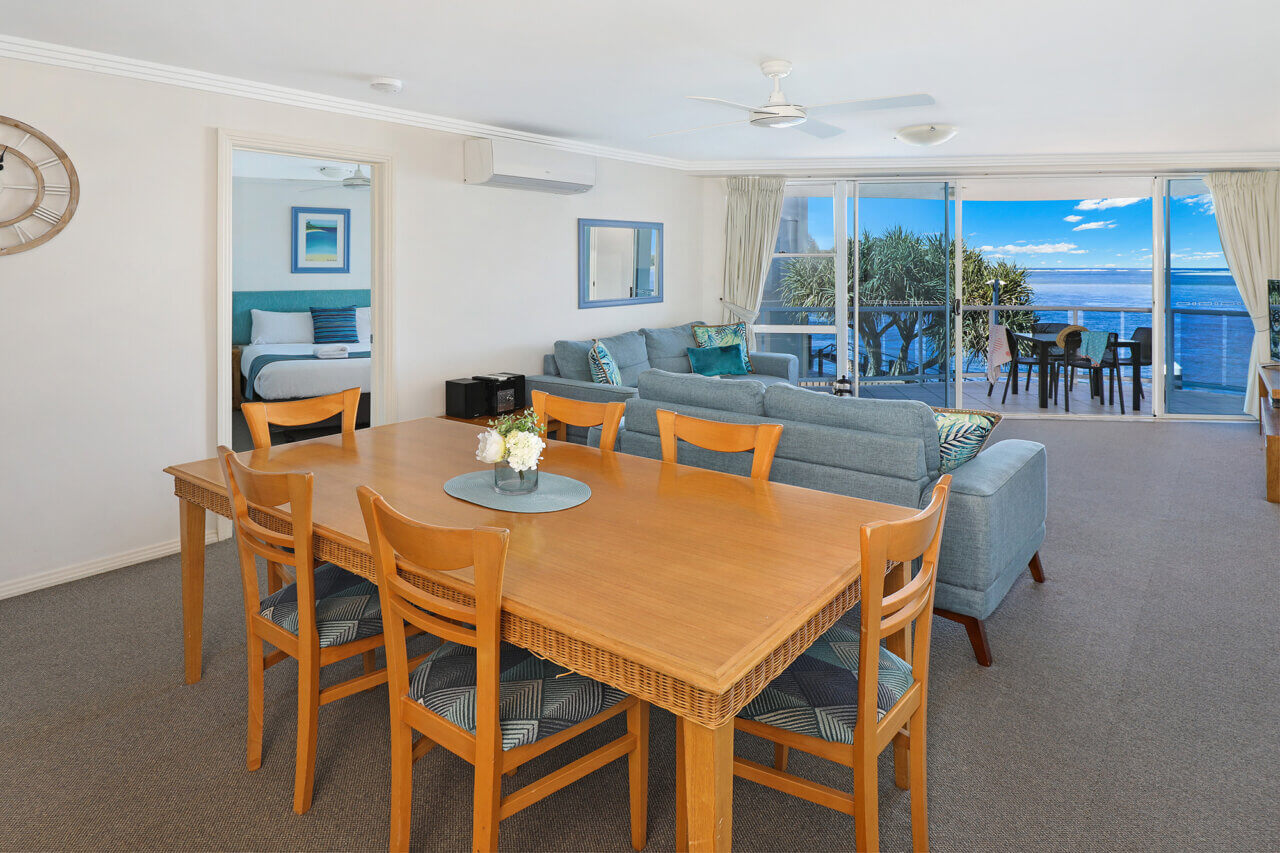 Ocean View 2, Lounge and Dining, 18