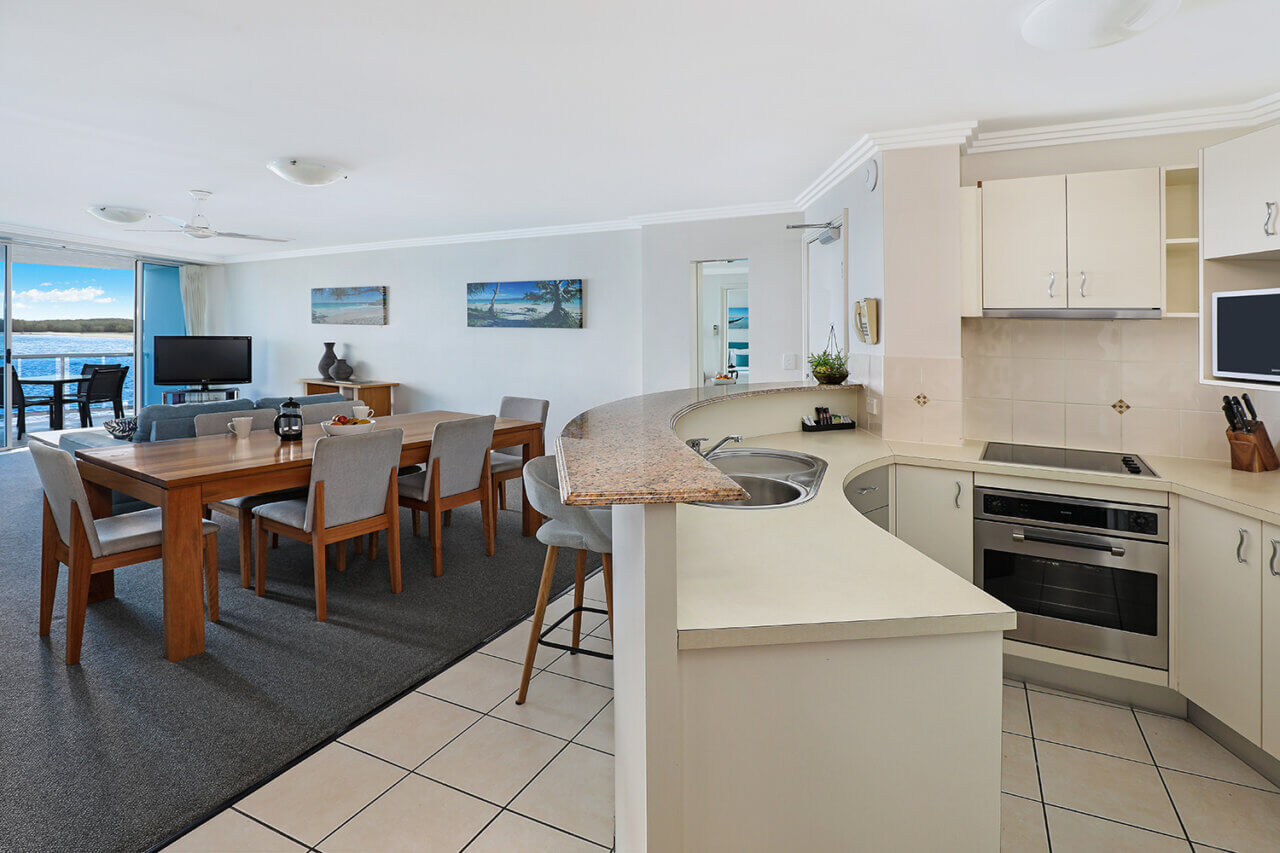 Ocean View 2, Dining and Kitchen 28